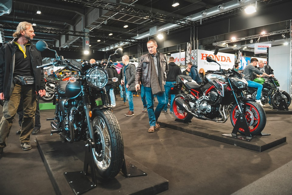 http://www.lowride.it/public/news/09_Motor_Bike_Expo_2020_Kawasaki